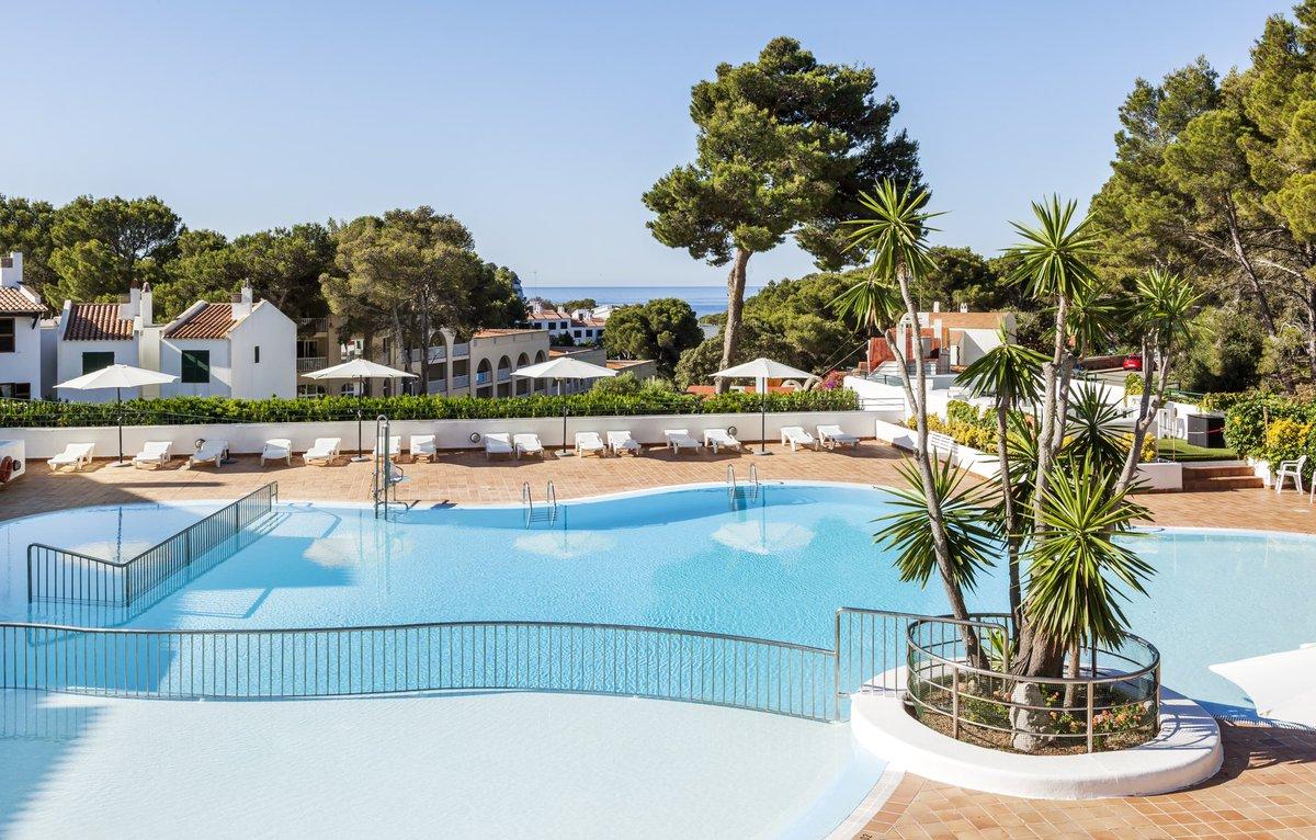 A partir del 3 de julio abrimos nuestro ILUNION Menorca con formato apartahotel para que puedas disfrutar  de tus vacaciones de forma segura. Reserva ya en la web y disfruta de nuestras ofertas especiales. https://t.co/E0JQMqxjKv https://t.co/5EswhDKrTl