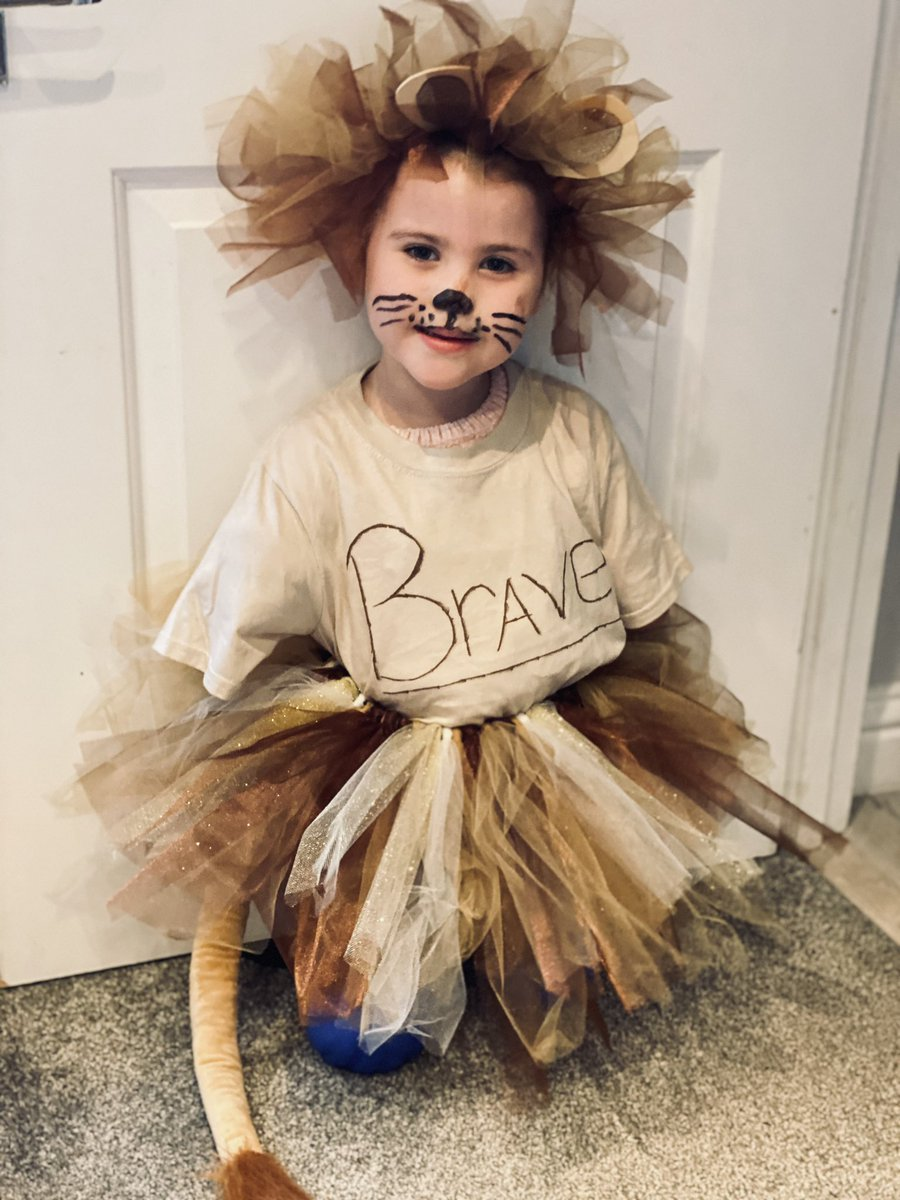 We believe Harmonie deserves to be part of the @England LionHeart team.  Please retweet and nominate Harmonie!   She really does have a heart of a lion and is also as brave as one too!      #inspirational #lionheart #nominate #harmonierose 🦁🦁🦁