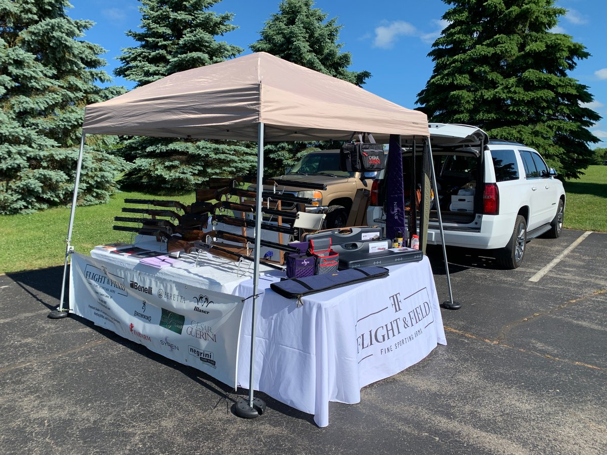 Come check out our selection of shotguns & accessories at Wern Valley Sportsmen's Club for the Wern Valley 200. #FlightAndField #wernvalley #CaesarGuerini #GueriniUSA #SyrenUSA  #FabarmUSA #Blaserusa #Browning #NegriniCases #shotguns #clayshooting #sportingclayspic.twitter.com/w4TVcDhHtO