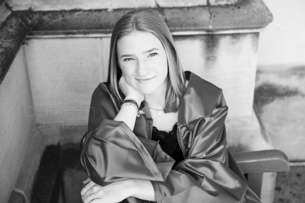 """""""Never bend your head. Always hold it high. Look the world right in the eye."""" – Helen Keller • #columbiahighschool #columbiahsgraduation #columbiasenior #chssenior #chsgraduation  #seniorpics #seniorphotography  #seniorportraits #seniorphotos  #seniorphotographer #seniorpicture https://t.co/NWCM4kxMHx"""