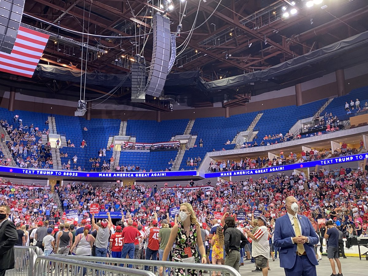 Inside the arena for President Trump's rally in Tulsa. https://t.co/ioCzsX29AB