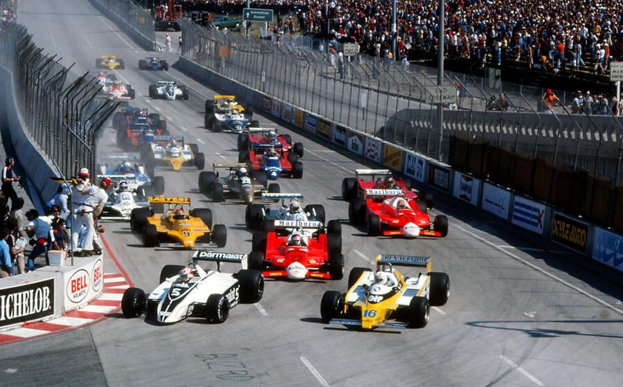 O dia 30 de março de 1980 foi um dos dias mais emblemáticos para a Fórmula 1. No GP do Oeste dos Estados Unidos daquele ano, Nelson Piquet conquistava sua primeira vitória aos 27 anos de idade.  #AlanJones #automobilismo #BrabhamRacing #ClayRegazzoni #Emer https://t.co/leDHVh7pE3 https://t.co/5p4XiZ3LlS