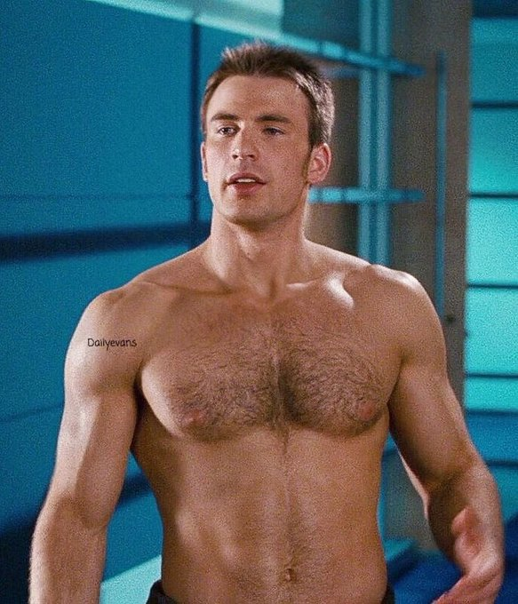 Happy Birthday to Chris Evans!