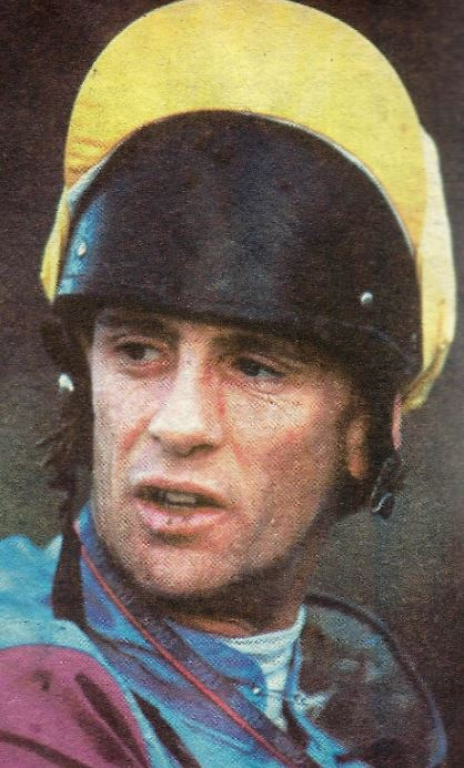 At Hereford ON THIS DAY Wednesday, June 14, 2000, 39-year-old Brendan Gerard Powell @bpowell13 climbed upon a racehorse for the last time as a professional jockey. His mount, Radar, was not aware of the occasion, and trailed in third, beaten 10 lengths and eight.