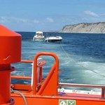 Image for the Tweet beginning: Embarcación deriva y barril flotante
