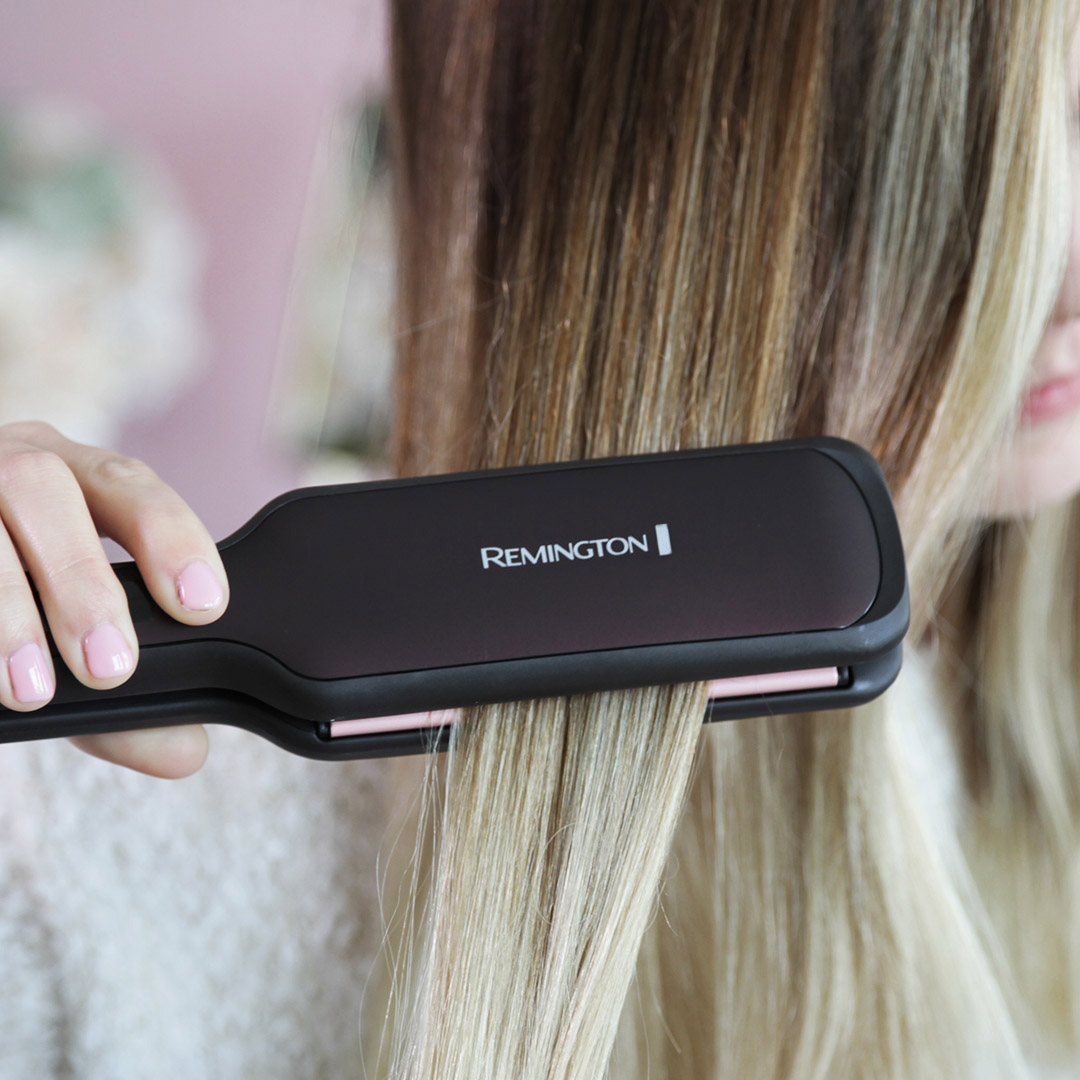 "The fast way to straight, sleek styles at home!  The REMINGTON® Pearl Ceramic 2"" Flat Iron straightens large sections of hair with each pass.   It works great on long, thick hair!  Available at Walmart: https://t.co/xMvtNuTJ0y https://t.co/IiRvQFnUjQ"