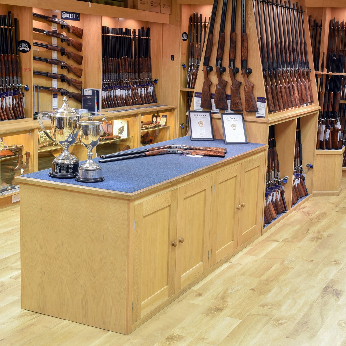GUN SHOP RE-OPENING ~ TUESDAY 16TH JUNE! Pre-booked appointments only, to maintain social distancing guidelines. Book your appointment online http://www.iancoley.co.uk/gun-shop-appointment … or call 01242 870391 option 1. . #beretta #blaser #browning #caesarguerini #krieghoff #miroku #perazzi #rizzinipic.twitter.com/yofwcFS4Q3