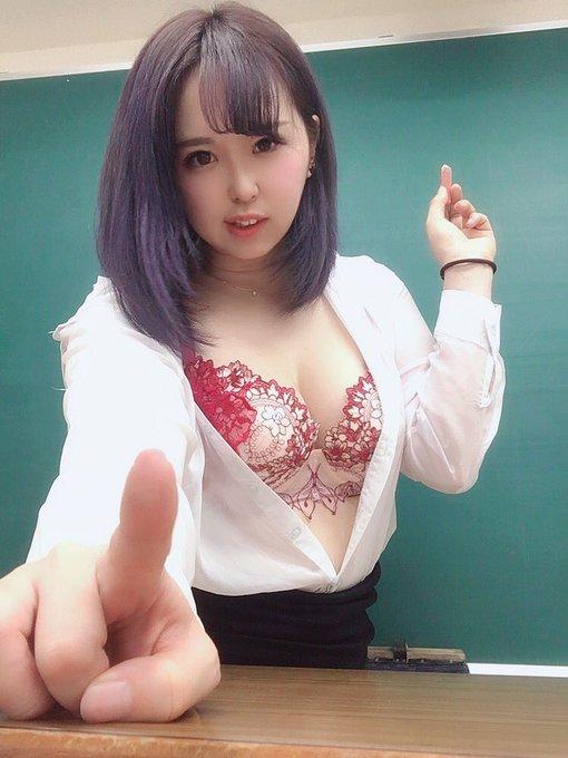 グラビアアイドル上田ミルキィのTwitter自撮りエロ画像14