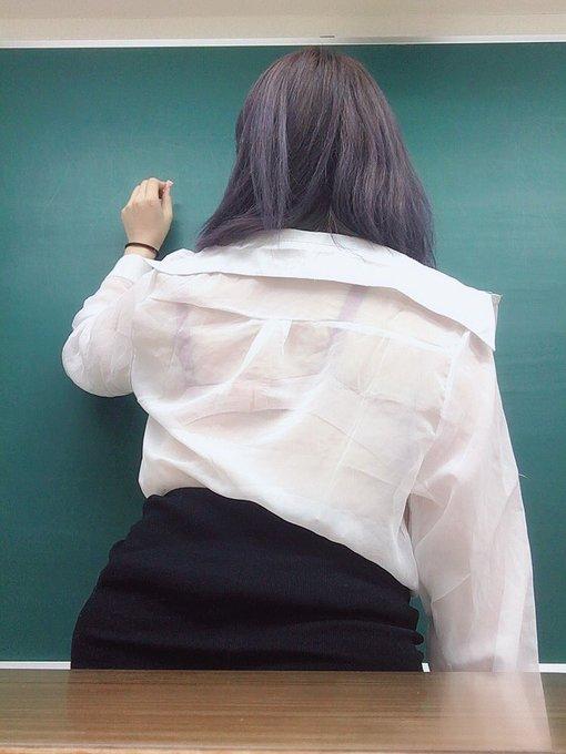 グラビアアイドル上田ミルキィのTwitter自撮りエロ画像12