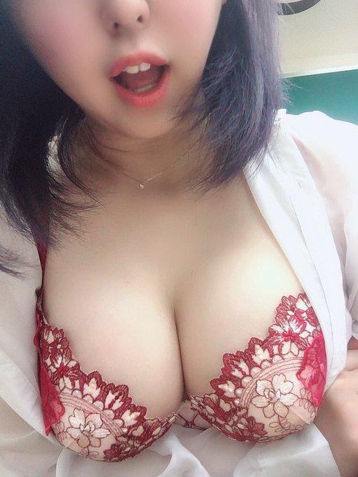 グラビアアイドル上田ミルキィのTwitter自撮りエロ画像15
