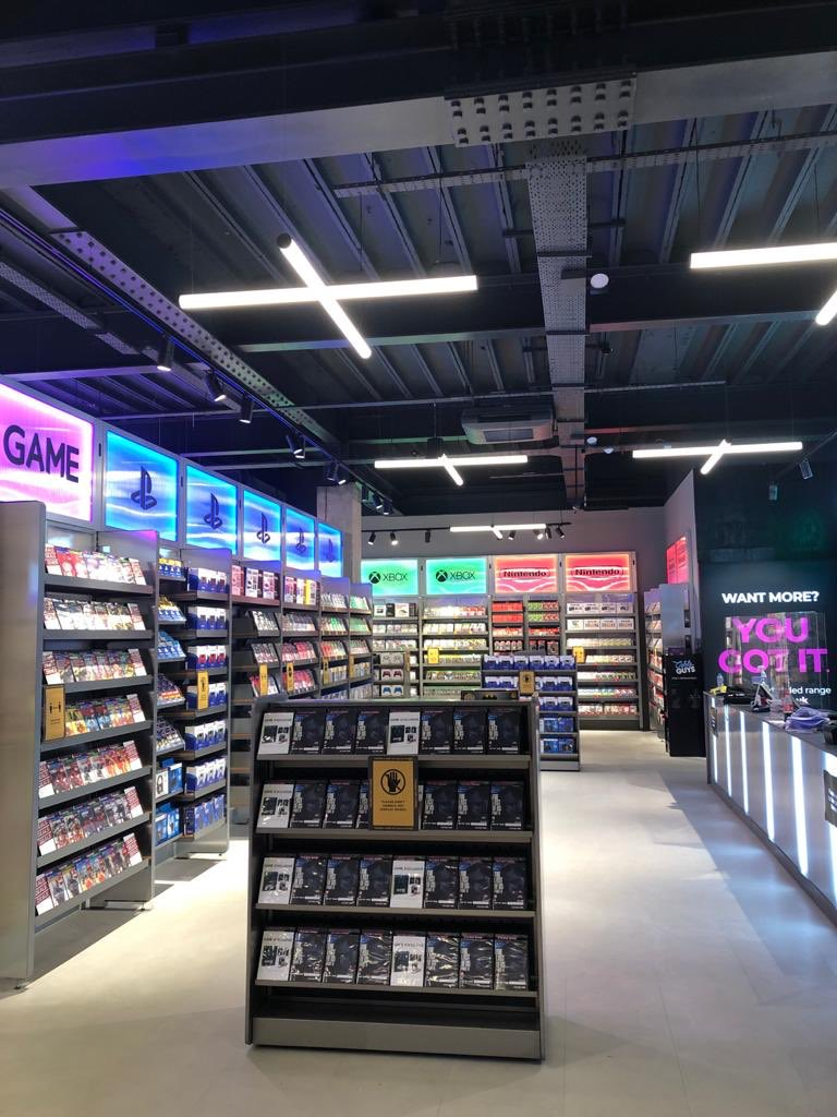 It's official, we're back! Come check out our BRAND NEW store open from today, located inside the Sports Direct store on Gallowtree Gate! We look forward to seeing you 👌 https://t.co/4v2ApoPJb5