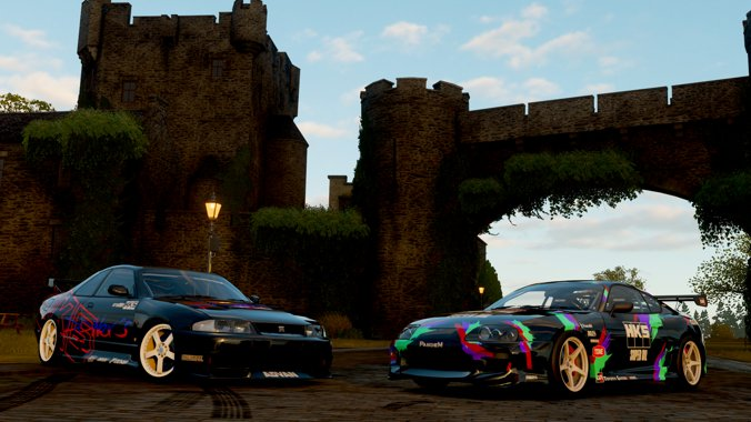 My Friend @Max_Garell and I have tried to recreate some HKS Japan paint jobs on FH4 @ForzaHorizon @HKSEurope #japanesecars @Toyota @Nissan  #sportscars #japanesebeauties @Xbox https://t.co/1DToIHbp0i