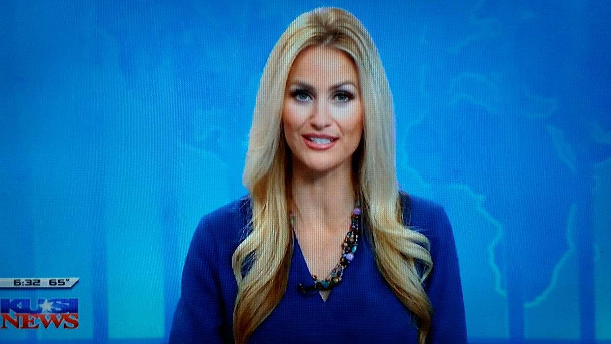 @LaurenKUSI Good Morning🔆Lauren 💛 Thanks for once again 🌞 brightening 🌞 my Monday on @KUSI_GMSD 👍👍 https://t.co/kzEBpKGXn3