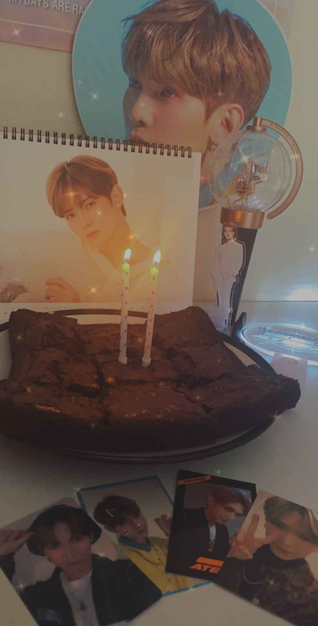 Celebrating the last 5 minutes of yeosangs birthday