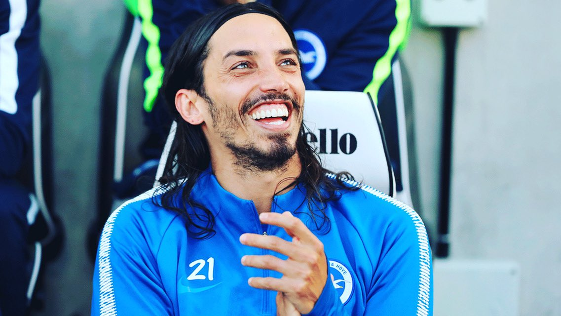 There's always a reason to smile 😂✌🏻#smilepowerday @OfficialBHAFC https://t.co/Hp2kHy61oR