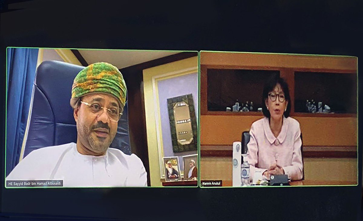 In today's virtual meeting with HE Pornpimol Kanchanalak, Advisor to the Foreign Minister of the Kingdom of Thailand, we discussed the growing relations between  #Oman and #Thailand and our  bilateral friendly cooperation, particularly in health, tourism, industry and fisheries. https://t.co/jdah9hYYRr