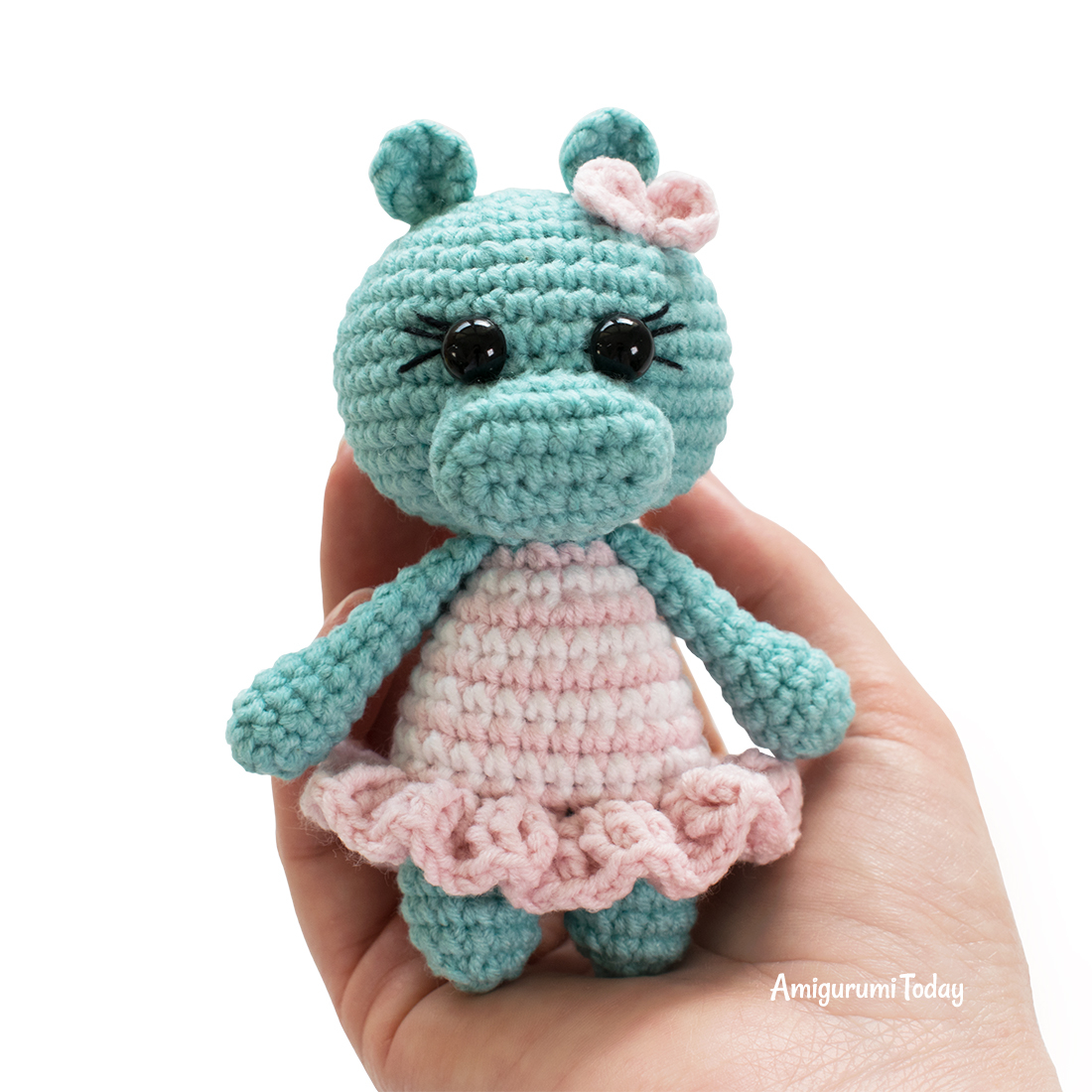 Cuddle Me Sheep amigurumi pattern - Amigurumi Today | 1100x1100