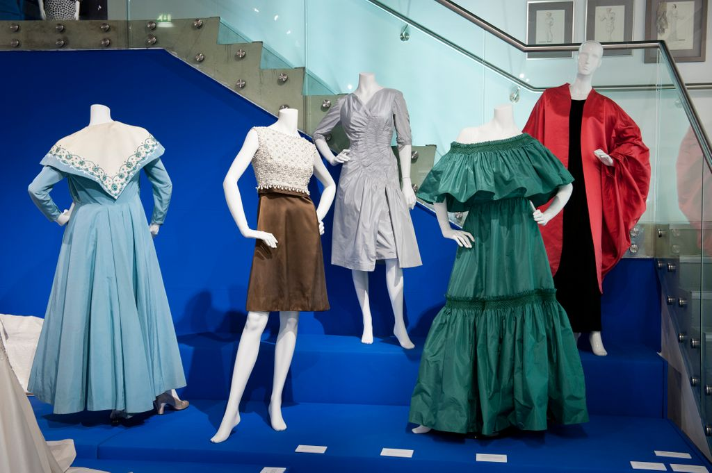 This week were thinking about design techniques, so were looking back at the exhibition, Hartnell to Amies - Couture by Royal Appointment. This retrospective of ground-breaking London designers celebrates the timeless elegance of London couture: bit.ly/hartnellamiesb…