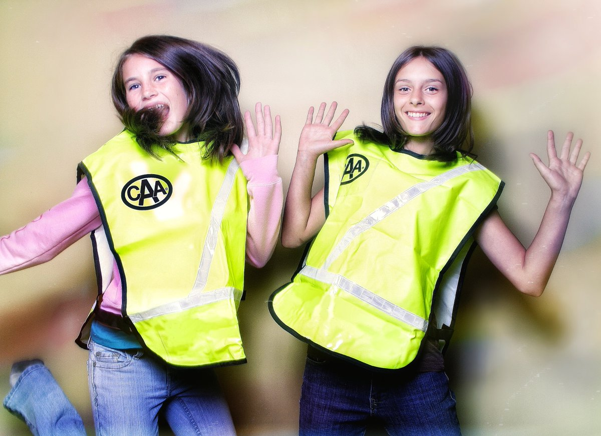 We're showing gratitude to all Ontario CAA School Safety Patrollers on Weds, June 17 by inviting them to our first online year-end Patroller Jam Celebration. If you're a parent/guardian of a Patroller, be sure to reach out to their teacher to find out how they can join. #CAASSP https://t.co/hMTrYqCYXu
