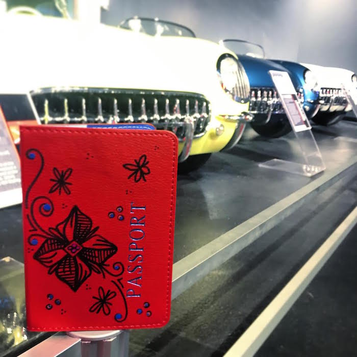 "Sharing life-Long Bucket List Destinations from #MyArtTravels Collectors through the years ♡  ""Checking-In"" NationalCorvette Museum in Bowling Green, Kentucky!  http://www.hollyajones.com || #ArtToWear #Live2Explore #TravelInspiration #VisitKentucky #Explore #CorvetteMuseum #USApic.twitter.com/wGBIqCqFol"