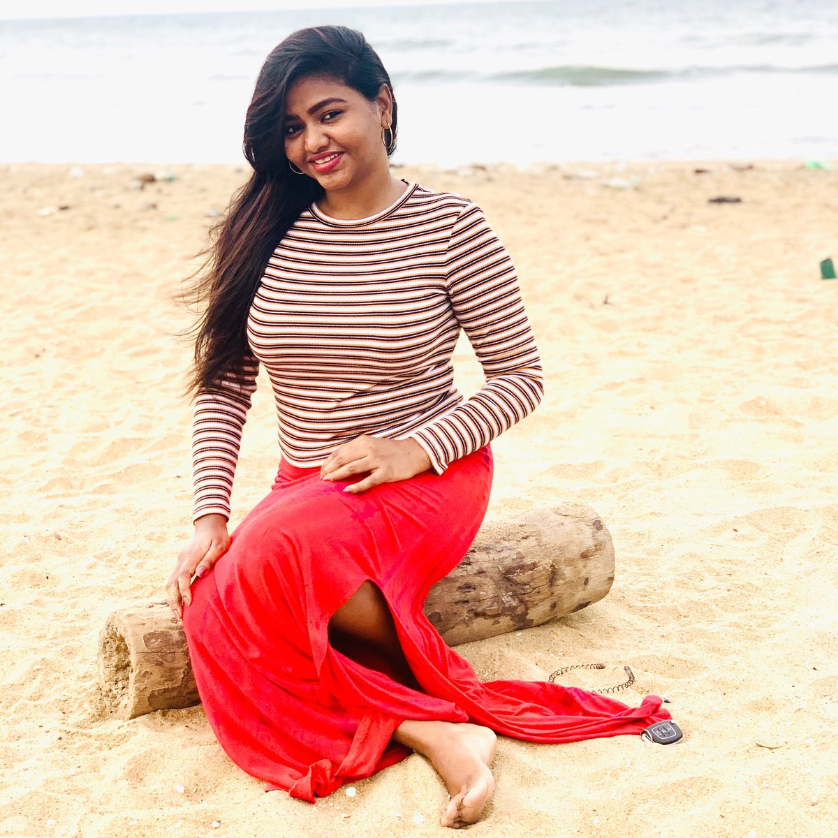 Love the Air #shalushamu #happeninglife #staycalm #stayhappy #believeinyourself #bepositive #avoidnegativity #tamilponnu #stylish #tamizhachi #kollywoodactress #pic.twitter.com/q6E8dUFkjc