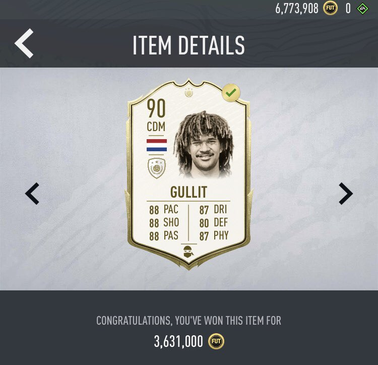 Mid Gullit Giveaway! 🇳🇱 🔥   GG's in the chat!   To enter:   Retweet ✅   Follow @Piquelme20 ✅   *winner drawn June 17th-minimum 385k needed to snipe* https://t.co/dS0ztp09dH