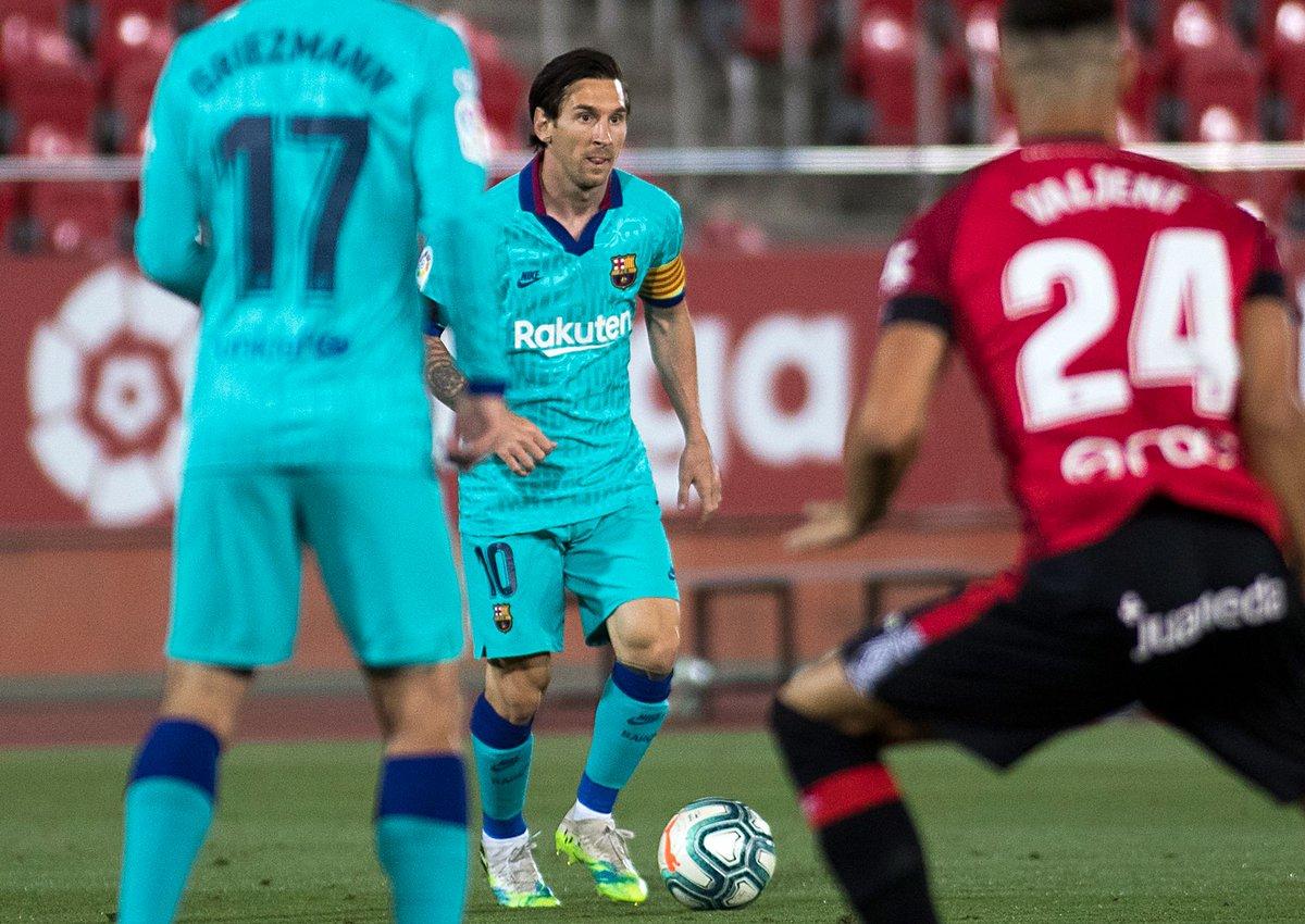 Marcador A Twitter El Fc Barcelona Busca Despegar El Real Madrid Alcanzarlo Asi Arranca Hoy La Fecha 29 De Laliga Https T Co Kim2oyjvij Https T Co Auebscplu1