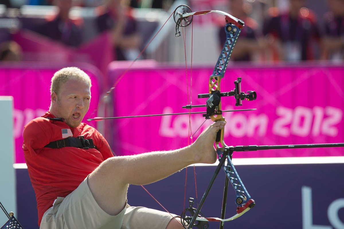 #USOPMoments: On the archery range at @London2012, Matt Stutzman put together a dramatic run to win silver in the individual compound open! 🏹🥈🇺🇸  Explore more great @TeamUSA moments from 2012: https://t.co/Z8hBvayfr0  📷: USOPC/Joe Kusumoto  @USAArchery  @ArmlessArcher https://t.co/28QrMIIaXn