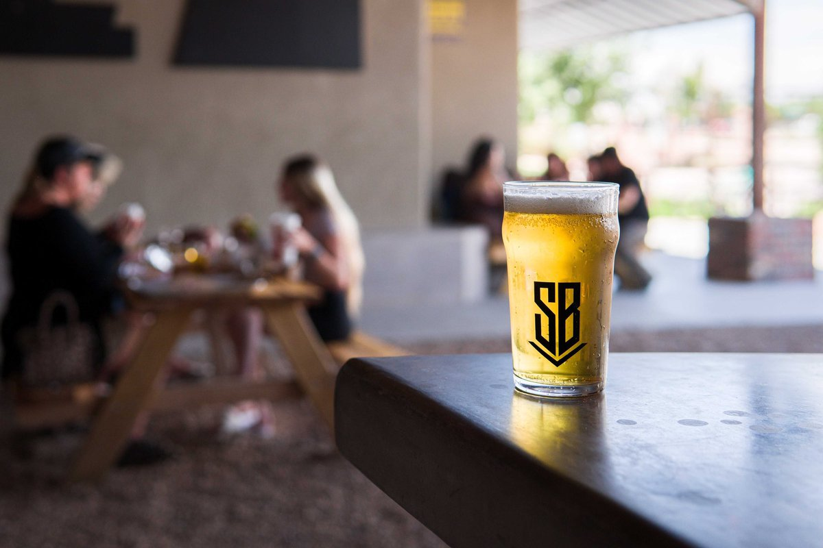 Time to get reacquainted with patio beers.  Welcome back, friends. 🍻 #BuiltToBrew #losranchosbrew #NMcraftbeer #NMBeerLove  #supportlocal  #supportyourlocalbrewer  #losranchos #albuquerque #burque #craftbeer #newmexico https://t.co/2HdBuqhKdF