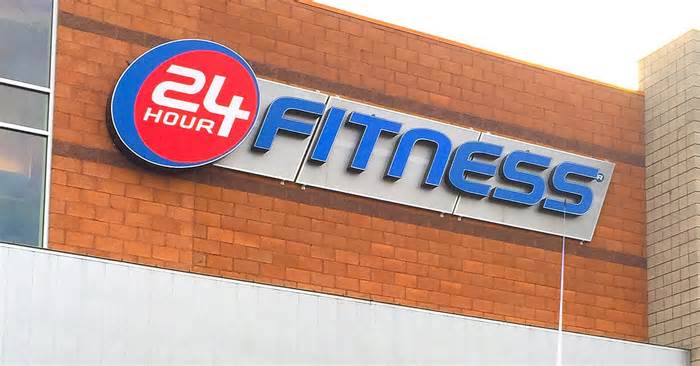 24 Hour #Fitness files for bankruptcy and closes over 130 gym locations across the US https://t.co/ss7t7WWr1X https://t.co/zXfxuYvtgj