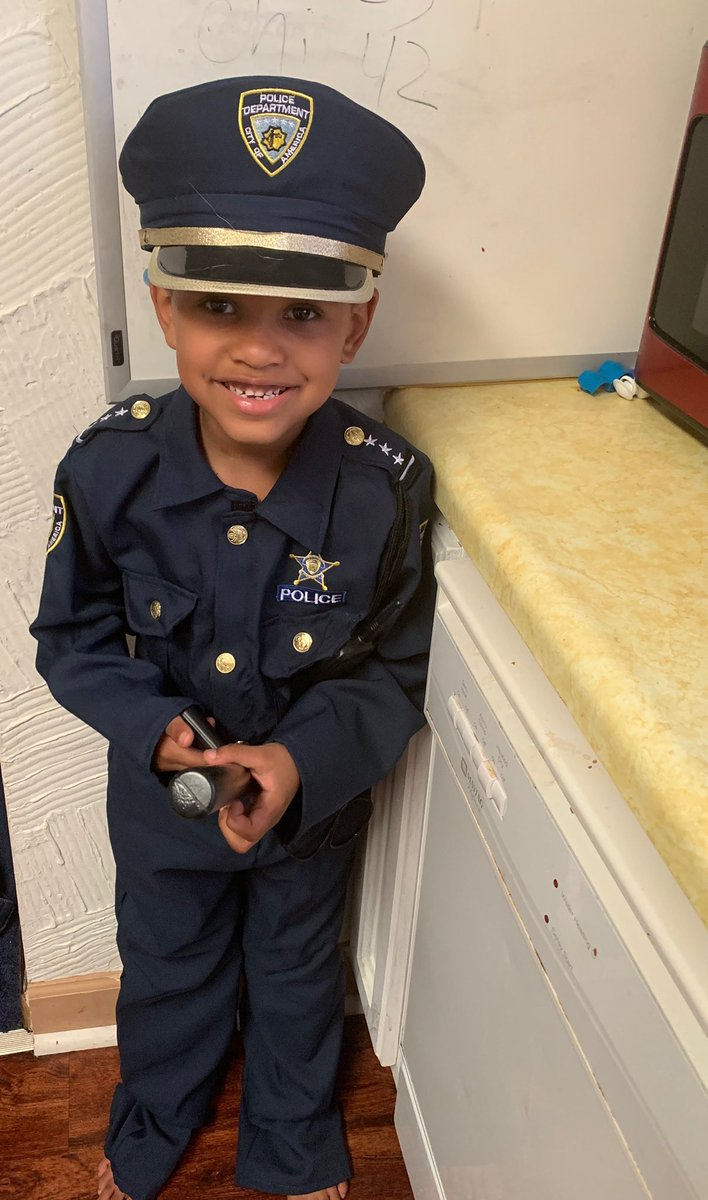 """My 6 year old nephew said to the constable """"I like your police car"""" he responded """"yeah I put people like you in the back of my cage"""" I'm outraged, mortified, disgusted and hurt to have racism right at my door step. #BlackLivesMatter #WeNeedChange  #BecauseIHaveABlackSon 😡😢🖤✊🏾 https://t.co/Jm8uoTBdMj"""