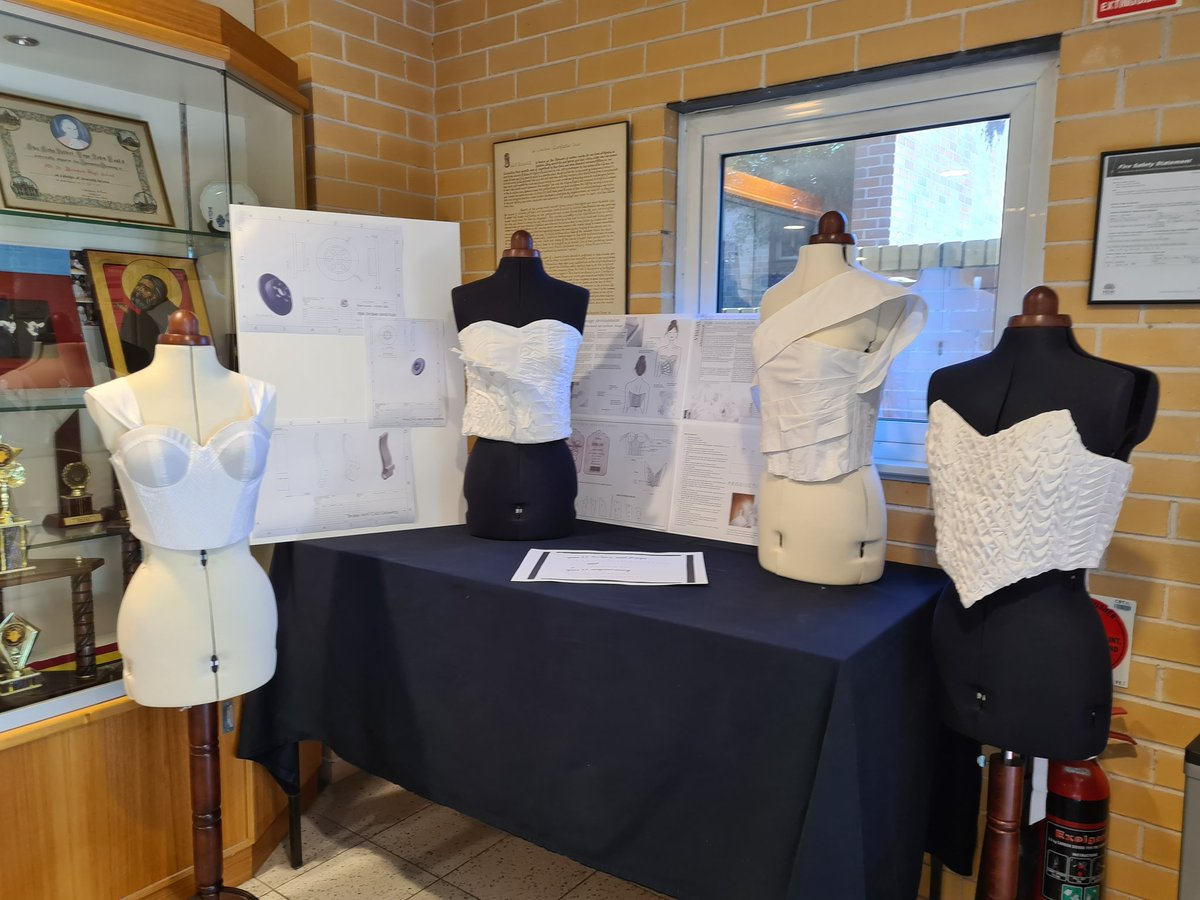 Celebrate end of Semester 1 Achievements @benniesmsb #textiles #engineering https://t.co/fpLejjpbCL