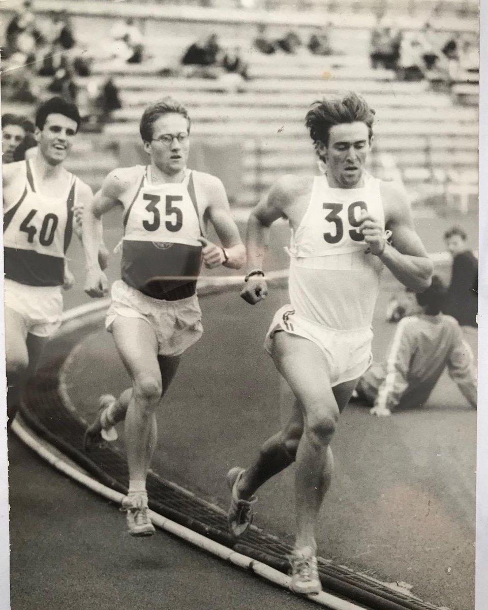 Este 14 de junio, celebrando el 34° aniversario de su récord nacional de los 800 metros con 1m46s.01, Luis Migueles difundió por las redes sociales una imagen de aquel gran momento de su trayectoria atlética.  #Titular https://t.co/umKzXDMNro https://t.co/msYNLQUEwg