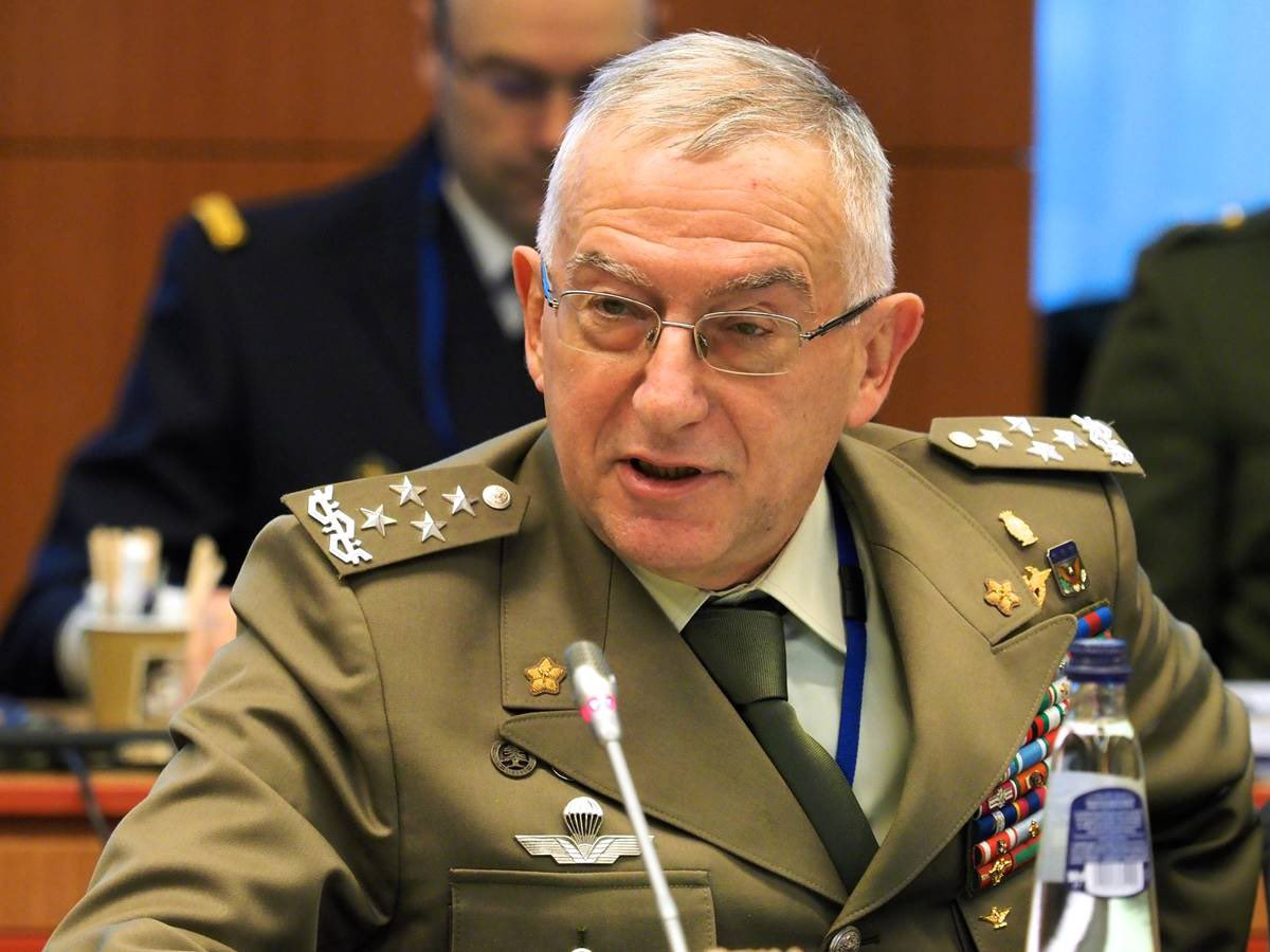 "General Claudio Graziano on Twitter: ""Great to attend today's #DefMin vtc:  #Pandemic is going to leave us a more complex, contested and challenging  strategic environment. This requires: ➡️ #coherence in #EUdefence  initiatives"