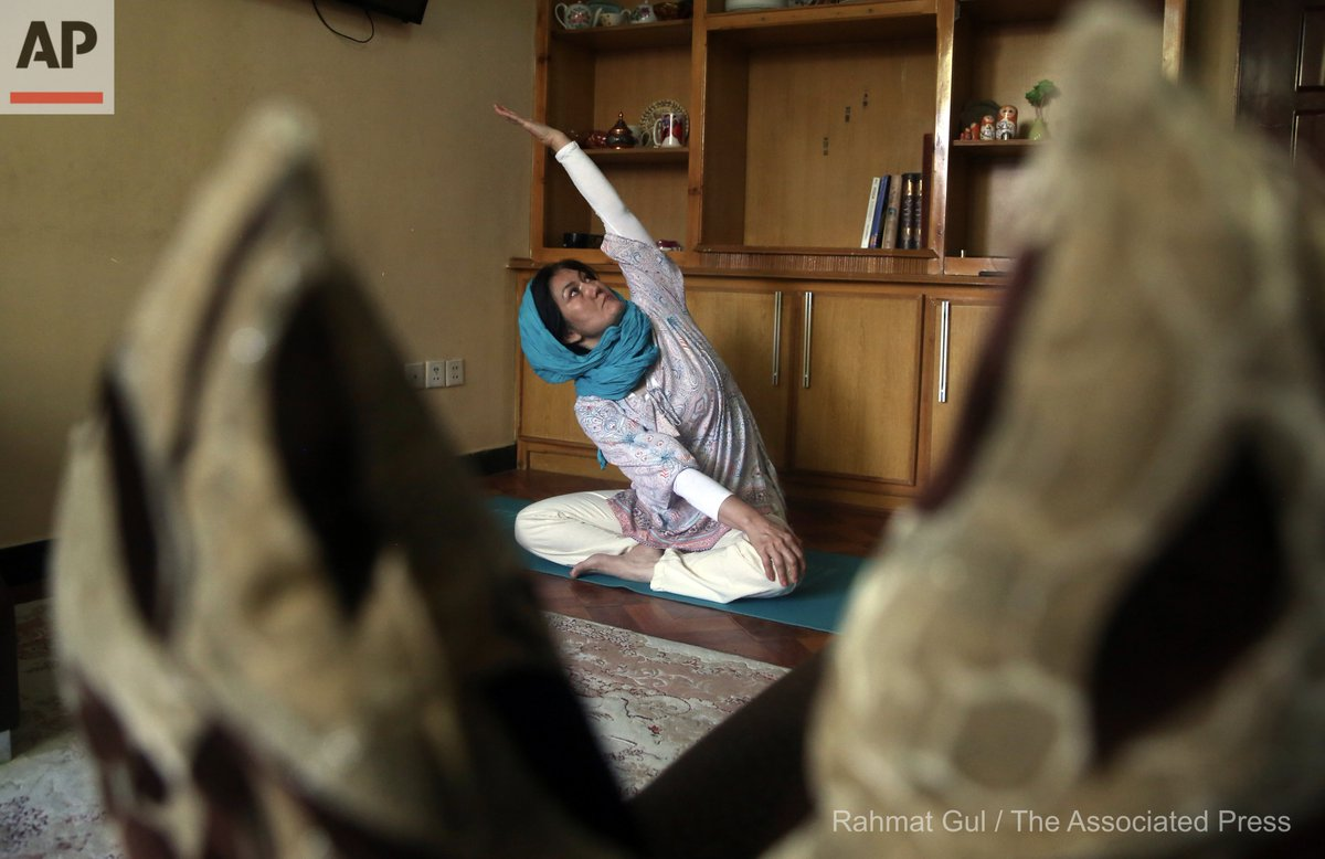 Fakhria Momtaz, 43, founder of Kabul's first yoga center, records a free online class for her students from her home during the COVID-19 pandemic lockdown, in Kabul, Afghanistan, Tuesday, June 16, 2020. (AP Photo/Rahmat Gul) https://t.co/wEZtUolMTt