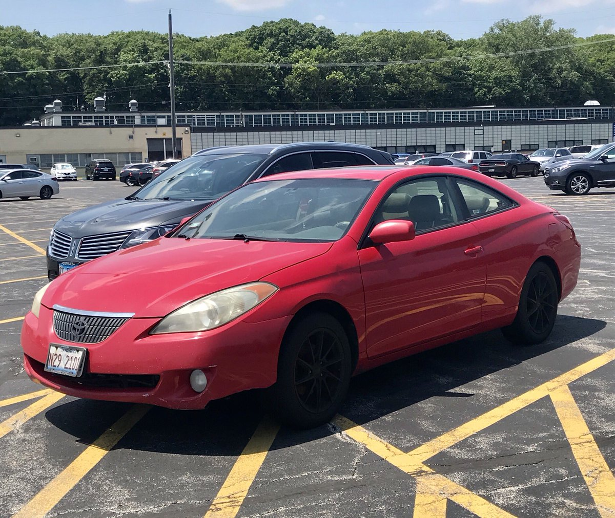 Lunch Run: Red 2-Door Edition #CarSpotter #Solara #Blazer pic.twitter.com/1YVqJLSIPh