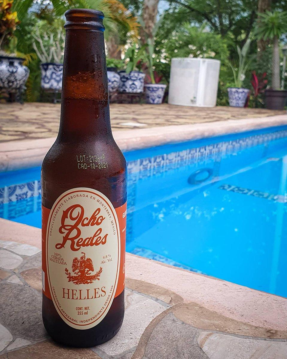 Como ven esta Cheve? Para su grado de alcohol sabe muy bien y se siente ligera.  🍺 Ocho Reales Helles 🏷 Clara 🥴 4.8% Alc. Vol. 💧 355ml 📍 Monterrey, N.L, México 💸 $27 mxn. aprox c/u ©LordCerveza . . #beer #cerveza #Monterrey #artesanal #ochoreales  #sierramadre #lordcerveza https://t.co/I9s9U6LcDh