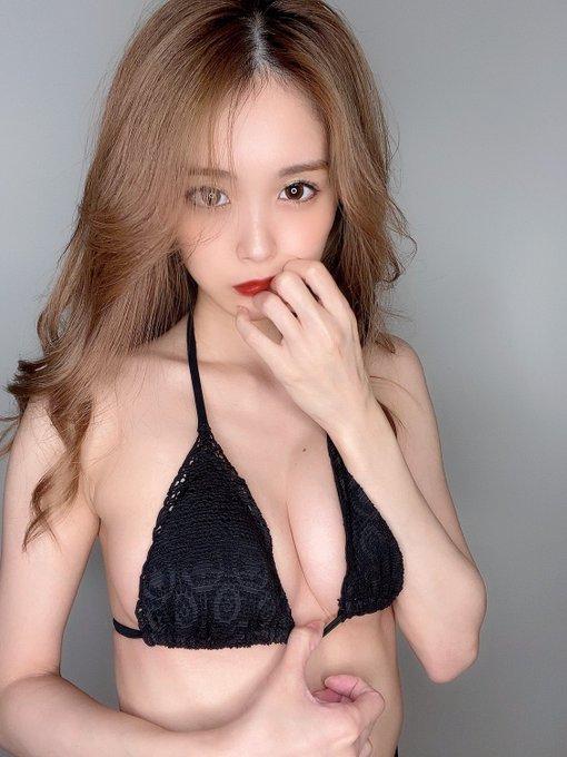 グラビアアイドル三宿菜々のTwitter自撮りエロ画像47