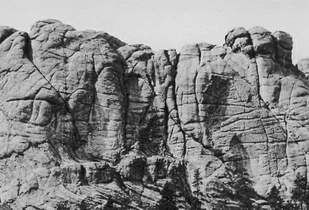 """Mount Rushmore before the 4 presidents faces. Here is a true fact on this place. The Native American's called it the Six Grandfathers (Earth, Sky and four directions). the name """"Rushmore"""" was the name of a white guy who came to rob gold from the area in violation of a treaty. https://t.co/bRsswwOGn3"""