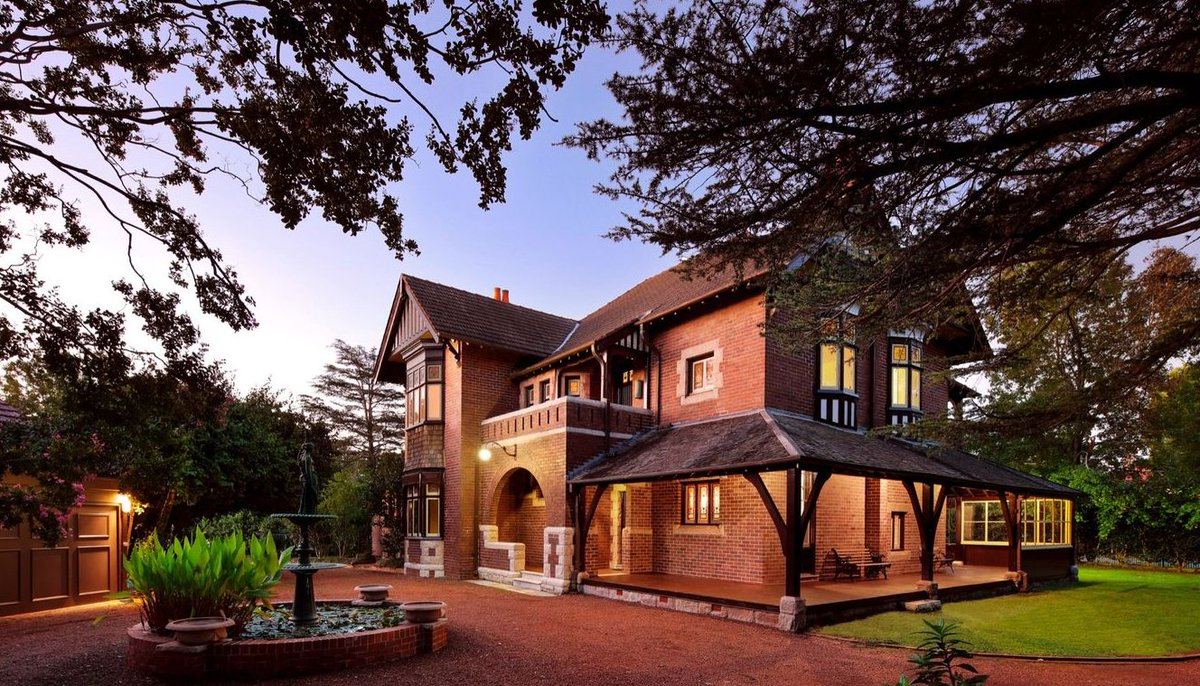 Moran health care matriarch Greta Moran has sold her landmark north shore estate, with settlement records revealing the mystery new owner. https://t.co/TcpWYewW4Y #realestateau #nsw https://t.co/rDuf1VyeWZ