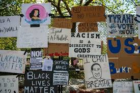 The art by protestors on the fence of the White House is art in action #hiphoped