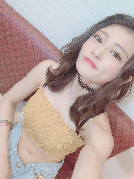 AV女優七海ひなのTwitter自撮りエロ画像71