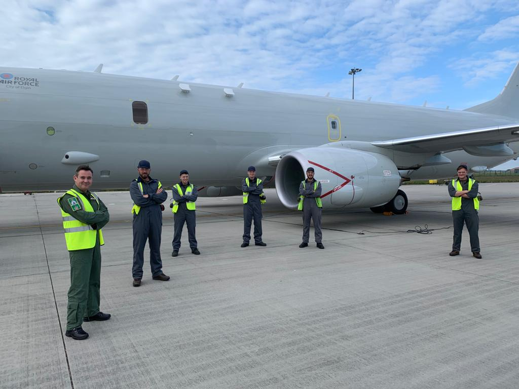 Huge thank you to @CXX_Squadron for hosting me onboard ZP802, the City of Elgin.   It was great to spend time talking to Poseidon Line Squadron & the @BoeingUK team after the flight, who work exceptionally hard to maintain the growing fleet.  7 more will be #SecuringTheSeas soon! https://t.co/tbWJWHsUno