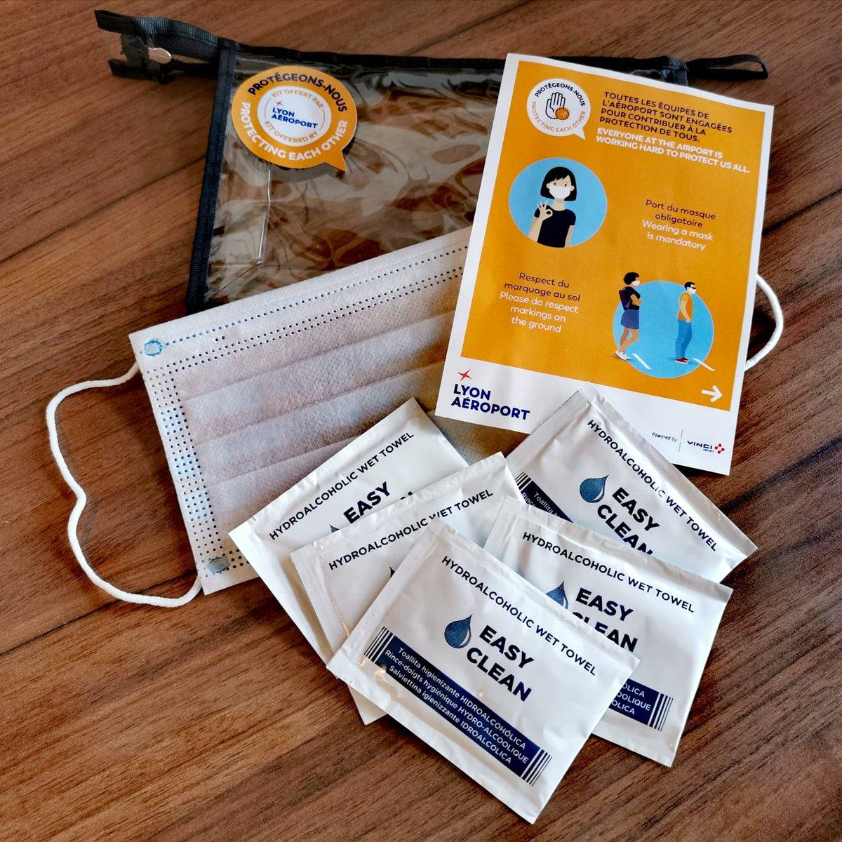 Lyon Aéroport met à disposition 5000 kits de protection contenant masque et lingettes désinfectantes aux passagers. #vinciairports #flyfromlyon Plus d'info sur les mesures sanitaires : https://t.co/nKwDVjjGsm https://t.co/1UVKYHJyJY