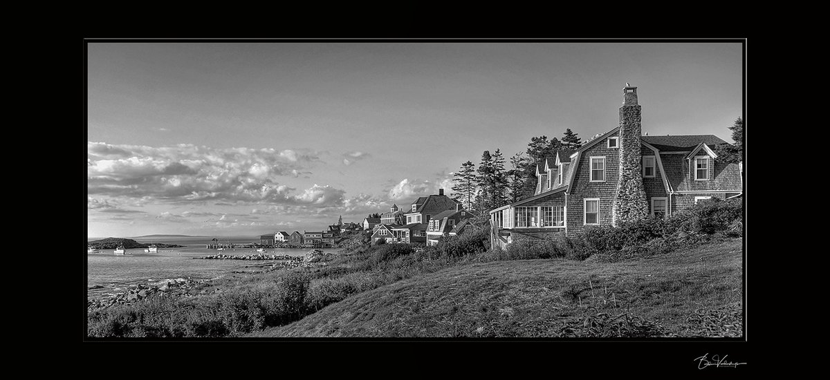 Picture perfect. #Maine #MonheganIsland #CharlesVandersluysPhotography #eastcoast #postfortheday  #travelpic.twitter.com/S5wrX4pa0r