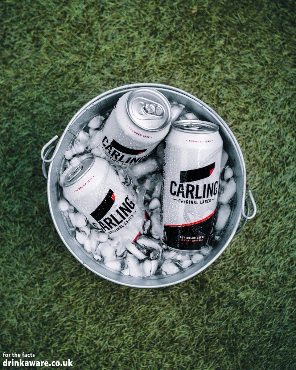 Ready for kick off ⚽ @FancyAChange 📸 #Carling