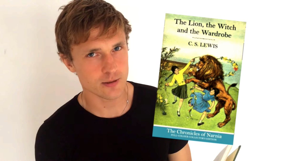 Chronicles of Narnia star William Moseley, a.k.a. Peter Pevensie, has treated fans to a reading from The Lion, the Witch and the Wardrobe! 🦁🧙‍♀️🚪 @williammoseley #Narnia  Watch the video: https://t.co/EKpufxdskk https://t.co/pWJ6pNUM81