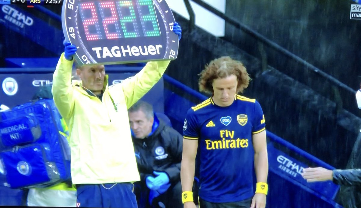 If there's anything to be learned from tonight, it's that David Luiz should probably reconsider his choice of deity https://t.co/zv0c7Z2gl2