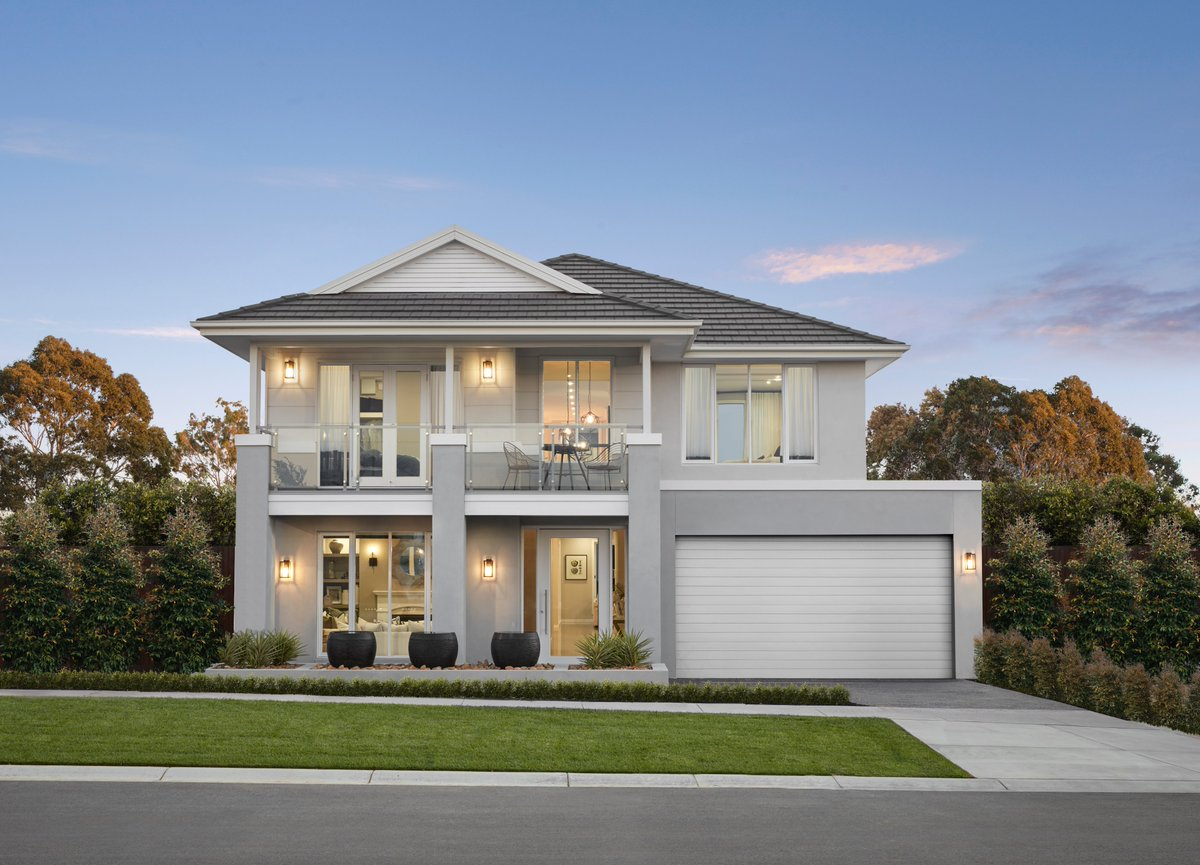 The beautiful Designer by Metricon Vantage is currently on display in the leafy suburb of Greenvale. Just 45 minutes from the Melbourne CBD, this spacious, family home will be sure to impress. Like what you see? Head to: https://t.co/lc4E1lG6gb https://t.co/IVg2jMfAa2