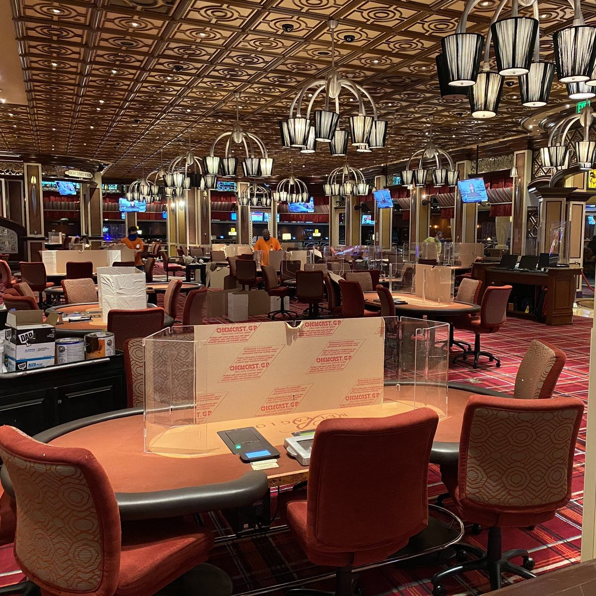 """Las Vegas Locally 🌴 on Twitter: """"The Bellagio poker room opens at 10 am, with some fresh plexiglass ♠️ (h/t @gettoknowvegas)… """""""